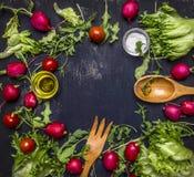 Εύγευστη κατάταξη του κειμένου θέσεων αγροτικών φρέσκων λαχανικών, τοπ άποψη πλαισίων Στοκ εικόνες με δικαίωμα ελεύθερης χρήσης