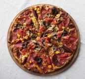 εύγευστη πίτσα Στοκ Εικόνες