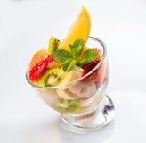 Εύγευστη σαλάτα φρούτων Στοκ εικόνα με δικαίωμα ελεύθερης χρήσης