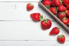 Εύγευστο επιδόρπιο φραουλών, φρέσκια διατροφή τροφίμων r στοκ φωτογραφίες με δικαίωμα ελεύθερης χρήσης
