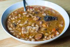 Εύγευστο ισπανικό stew φασολιών Στοκ Φωτογραφία