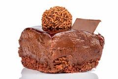 Εύγευστο κέικ με την κρέμα κακάου Στοκ φωτογραφία με δικαίωμα ελεύθερης χρήσης