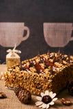 Εύγευστο κέικ μπισκότων με τη σοκολάτα Στοκ εικόνα με δικαίωμα ελεύθερης χρήσης