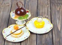 Εύγευστο κέικ σοκολάτας λεμονιών Στοκ εικόνα με δικαίωμα ελεύθερης χρήσης
