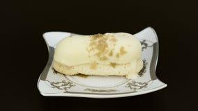 Εύγευστο κέικ σοκολάτας μπανανών άσπρο Στοκ φωτογραφία με δικαίωμα ελεύθερης χρήσης
