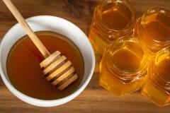 Εύγευστο και υγιές μέλι, διάφοροι τύποι στοκ εικόνες
