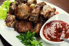Εύγευστο ψημένο στη σχάρα κρέας χοιρινού κρέατος και kebabs, ψημένο κρέας, Shashlik Pi Στοκ Εικόνα