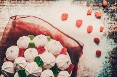 Εύγευστο cupcake με τη μαρμελάδα και marshmallow για τον εορτασμό Πάσχας Στοκ εικόνες με δικαίωμα ελεύθερης χρήσης