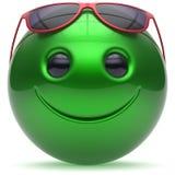 Εύθυμα επικεφαλής κινούμενα σχέδια σφαιρών σφαιρών προσώπου χαμόγελου emoticon πράσινα Στοκ Φωτογραφία