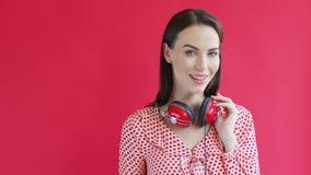 εύθυμη γυναίκα ακουστι& φιλμ μικρού μήκους