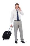 Εύθυμος επιχειρηματίας που απαντά στο τηλέφωνο Στοκ φωτογραφίες με δικαίωμα ελεύθερης χρήσης