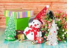 Εύθυμος χιονάνθρωπος Χριστουγέννων Στοκ εικόνες με δικαίωμα ελεύθερης χρήσης