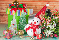 Εύθυμος χιονάνθρωπος Χριστουγέννων Στοκ φωτογραφίες με δικαίωμα ελεύθερης χρήσης