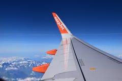 Εύκολη άποψη αεροπλάνων αεριωθούμενων αεροπλάνων από τον ουρανό Στοκ Φωτογραφία