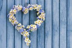 εύκολος επιμεληθείτε την καρδιά λουλουδιών Στοκ Φωτογραφία