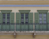 Ελλάδα, πρόσοψη σπιτιών στην παλαιά γειτονιά της Πλάκας Στοκ εικόνα με δικαίωμα ελεύθερης χρήσης