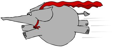 Ελέφαντας που πετά με ένα ακρωτήριο Στοκ φωτογραφία με δικαίωμα ελεύθερης χρήσης