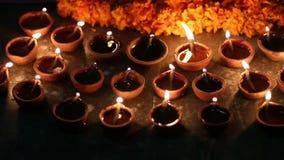 Ελαιολυχνία που φωτίζεται στο ινδικό παραδοσιακό φεστιβάλ φιλμ μικρού μήκους