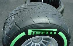 Ελαστικά αυτοκινήτου φυλών Pirelli F1 Στοκ φωτογραφίες με δικαίωμα ελεύθερης χρήσης