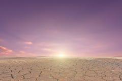 Εδαφολογικό ραγισμένο ξηρασία τοπίο στοκ εικόνα