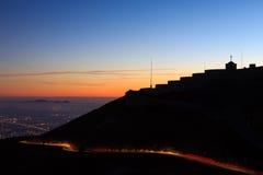 Ελαφριά ίχνη με να ενσωματώσει τη σκιαγραφία Στοκ εικόνες με δικαίωμα ελεύθερης χρήσης