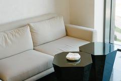 Ελαφριά αίθουσα συνδιαλέξεων γραφείων Στοκ Εικόνες