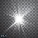 Ελαφριά επίδραση πυράκτωσης Starburst με τα σπινθηρίσματα στο διαφανές υπόβαθρο επίσης corel σύρετε το διάνυσμα απεικόνισης Στοκ Εικόνες