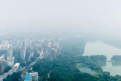 Ελαφριά ομίχλη άποψης του Πεκίνου Κίνα άνωθεν Στοκ φωτογραφία με δικαίωμα ελεύθερης χρήσης