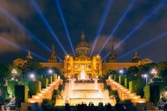 Ελαφρύς παρουσιάστε και πηγές, Placa Espanya, Βαρκελώνη Στοκ Εικόνες