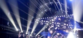 Ελαφρύς παρουσιάστε στη συναυλία στοκ φωτογραφίες με δικαίωμα ελεύθερης χρήσης