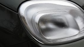 Ελαφρύς στενός επάνω αυτοκινήτων απόθεμα βίντεο