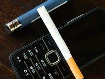 Ελαφρύτερο τηλέφωνο τσιγάρων Στοκ εικόνα με δικαίωμα ελεύθερης χρήσης