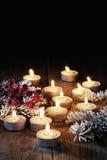 Ελαφρύτερο christmasdecoration τσαγιού στο ξύλινο υπόβαθρο Στοκ φωτογραφίες με δικαίωμα ελεύθερης χρήσης