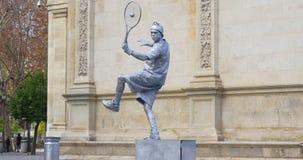 Ελαφρύ ασημένιο άγαλμα 4k Ισπανία διαβίωσης tennisist ημέρας φιλμ μικρού μήκους