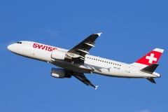 Ελβετικές διεθνείς αερογραμμές Στοκ Φωτογραφίες