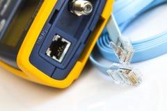 Ελεγκτής καλωδίων δικτύων για RJ45 τους συνδετήρες Στοκ εικόνα με δικαίωμα ελεύθερης χρήσης