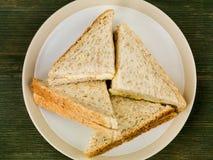 Ελεύθερα αυγό σειράς και σάντουιτς μαγιονέζας στο Wholemeal ψωμί Στοκ Εικόνα
