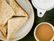 Ελεύθερα αυγό σειράς και σάντουιτς μαγιονέζας στο Wholemeal ψωμί Στοκ φωτογραφία με δικαίωμα ελεύθερης χρήσης