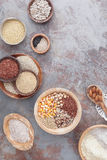 Ελεύθερα σιτάρια και αλεύρια γλουτένης στοκ εικόνες