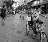 Ελεύθερη ημέρα αυτοκινήτων στη Βηρυττό, Λίβανος στην οδό Hamra Στοκ φωτογραφία με δικαίωμα ελεύθερης χρήσης