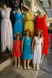 Ελληνικά φορέματα ύφους στην αγορά, Αθήνα, Ελλάδα Στοκ Εικόνες