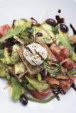 Ελληνική σαλάτα με την άποψη τυριών mizithra 8top Στοκ Εικόνα