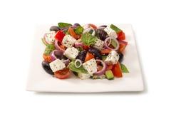 Ελληνική σαλάτα σε ένα κύπελλο σαλάτας Στοκ εικόνα με δικαίωμα ελεύθερης χρήσης