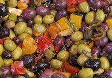 Ελιές και σαλάτα paprica Στοκ εικόνες με δικαίωμα ελεύθερης χρήσης