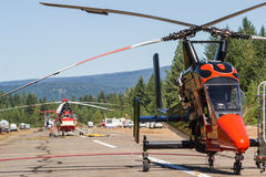 Ελικόπτερα πυροσβεστών Στοκ εικόνες με δικαίωμα ελεύθερης χρήσης