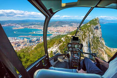 Ελικόπτερο στο βράχο του Γιβραλτάρ Στοκ Εικόνες