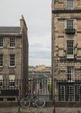 Εδιμβούργο - οι οδοί και τα κτήρια Στοκ Φωτογραφία