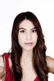 Ελκυστική ισπανική γυναίκα πορτρέτου στην κόκκινη κορυφή στοκ φωτογραφία με δικαίωμα ελεύθερης χρήσης