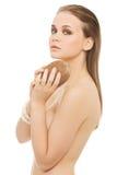 Ελκυστική nude γυναίκα με την καρύδα. Στοκ Φωτογραφίες