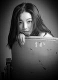 Ελκυστικό ασιατικό κορίτσι στη δεκαετία του '20 της στο θέατρο Στοκ εικόνες με δικαίωμα ελεύθερης χρήσης
